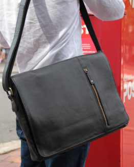 Serge - Cow Leather - Black - Messenger Bag